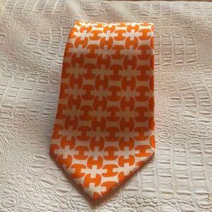 Hermès 💯 silk tie